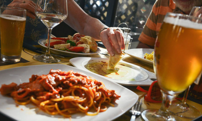 restaurantrekening zelf betalen